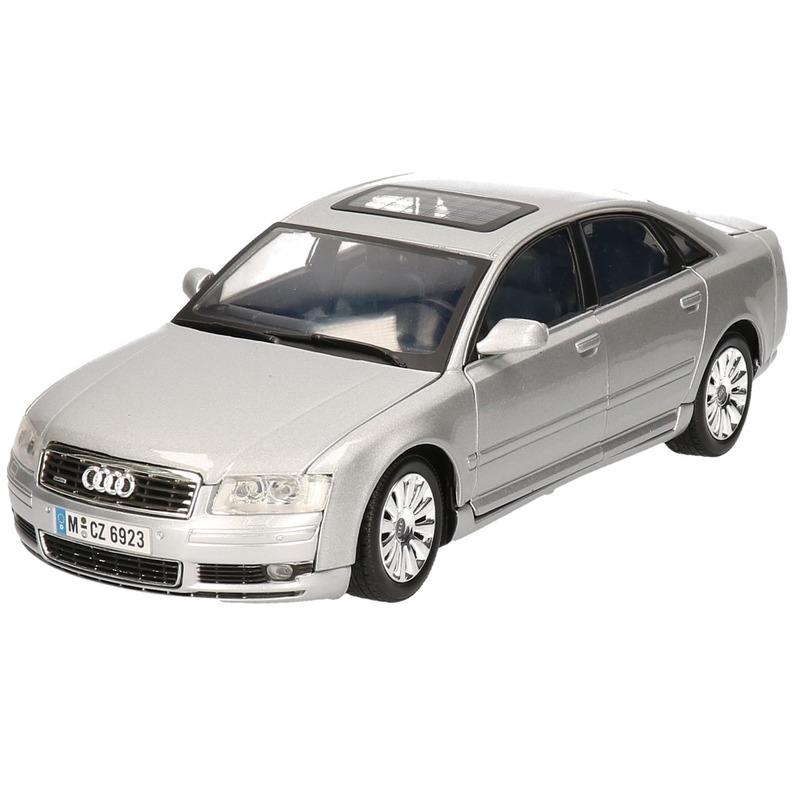Modelauto Audi A8 1:18