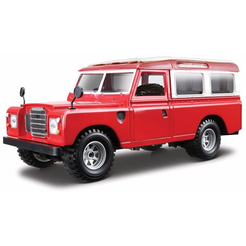 Modelauto Land Rover Defender 110 1:24