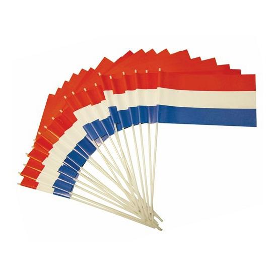 Oranje artikelen Plastic zwaaivlaggetje Holland